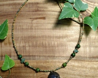 "Necklace ""Moor witch"" with shell and Aventurine"