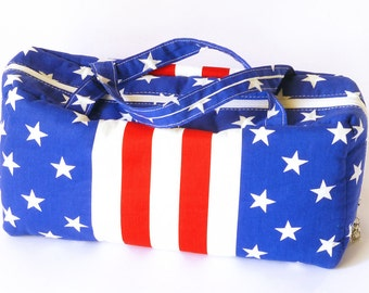 Large Stars and Stripes wash bag.