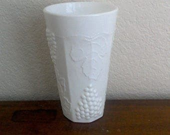 20% off Vintage Milk Glass Paneled Harvest Grape Grapevines Tumblers Tall Drinking Glasses