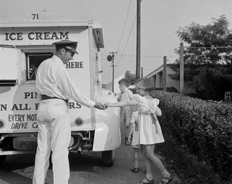 Good Humor Ice Cream Truck Photo, Ice Cream Photos, Black White, Mid-Century Photography, 1950s, Ice Cream Truck, Ice Cream Man Photo