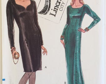 Very Easy Vogue sewing pattern 7891 Misses' fitted dress with coop or sweetheart neckline - size 12-14-16