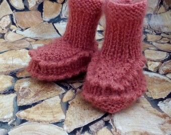 Baby Slippers, Slippers, Woolen Slippers, White Slippers, Pink Slippers, Warm Slippers, Handmade Slippers