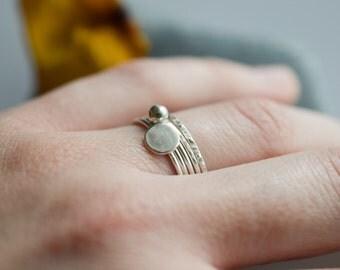 Set of 5 stacking sterling silver  rings, geometric stackable rings, 1 mm silver rings, skinny thin rings, circle ring