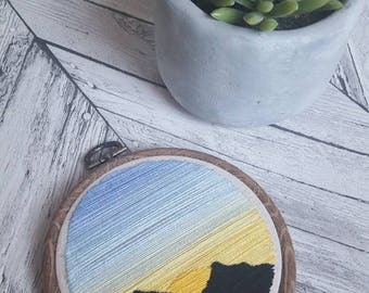Hand Embroidered Sunrise Mountain Scene - 4 inch wooden hoop - Colourful Stitching on Natural Calico - Wall Art - Gifts