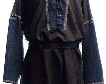Heathered woollen tunic with removable sleeves
