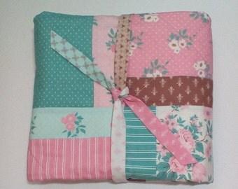 Quilt, Lap Quilt, Patchwork Quilt, Homemade Quilt, Reading Quilt, Wheelchair Quilt