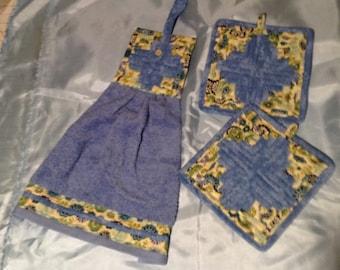 3 piece kitchen cloth set.