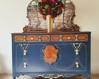 Antique 1920 Martinsburg of America Dresser and Mirror Set