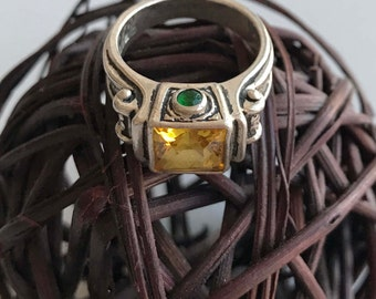 Vintage Citrine Ring with Green Side Stones