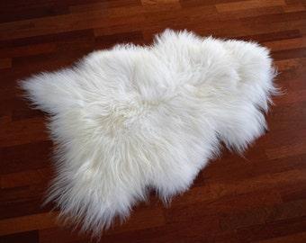 NATURASAN Natural Icelandic Sheepskin / Lambskin Rug | Sheepskin throw | Chair Cover | Soft and Silky Rug| Scandinavian Style | White