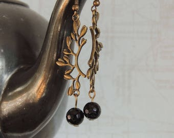 Brass tendril earrings