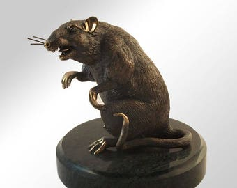"""Bronze statuette of the rat """"Housewife"""""""