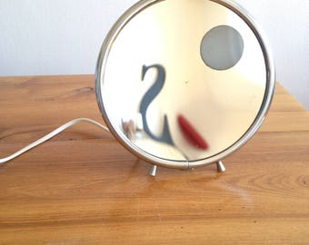 Bright magnifying mirror - vintage