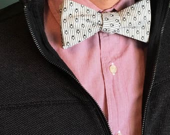 Onion Bow Tie (Or maybe Pineapple-Mouse Bow Tie?)