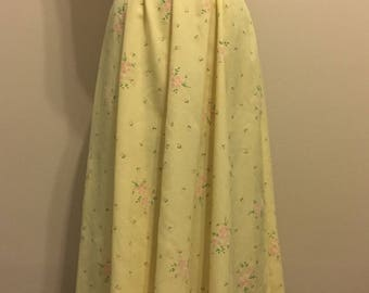 1970's Sweet Pale Yellow Maxi Dress with small pink flowers and green leaves, Size M/L