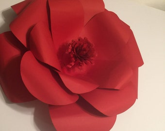 Red Giant paper flower