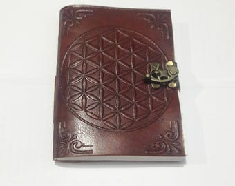 Leather diary with lock, HandMade diary, Made with Recycled paper, Eco friendly, Gift Gallery, writing diary, blank diary, Wooden look.