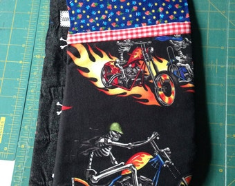 Dual Oven Mitt: Flaming Biker Skeletons