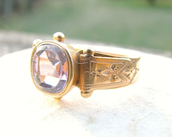 Antique Amethyst Gold Ring, Large Old Cut Stone, 2.26 carats, Beautiful Details in 14K Gold, Hallmarked, Victorian, Hard to Find Large Size