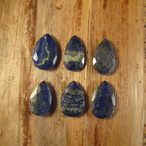 One Lapis Bead, Lapis Lazuli Focal Bead, Briolette Pendant, Natural Lapis Lazuli, 30mm x 19mm, Jewelry Supplies (B-Lap2b)