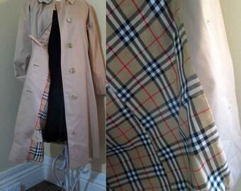 Vintage Burberry Coat Nova check lining Camel Balmacaan coat Tan raincoat Burberrys coat 60s Vintage coat  Burberry balmacaan  M