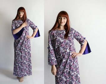 Vintage Hawaiian Maxi Dress - Paisley Floral 1970s Style Floor Length with Angel Wing Sleeves - Cotton Dress - Medium Large