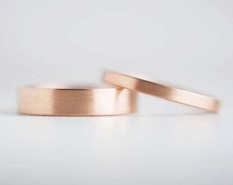Brushed Finish Rose Gold Wedding Band Set | 2mm and 4mm x 1.3mm rose gold rings | Rustic wedding bands 10k 14k 18k rose gold