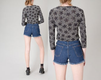 HIGH WAIST denim shorts vintage women 90s Dark wash vintage spring summer / 26 waist / size 4 / better Stay together