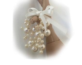 Pearl Bracelet Gift, Handmade Ivory Multi Strand Bracelet, Layered Faux Pearl Bracelet, Brides Jewelry, Bridesmaids Gifts