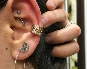 Fake ear Piercing, Gold Faux Piercing, Fake Conch no Piercing, Fake Piercings, goldfilled Lace Ear Cuff, Conch Cuff, ear wrap - EC8065