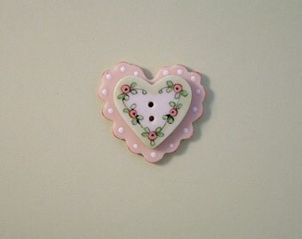 Baby Pink Heart Button 2 pc.