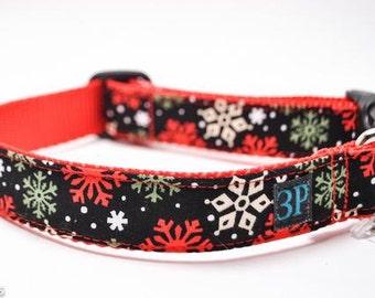 Snowflakes Collar / Holiday Dog Collar / FREE US Shipping
