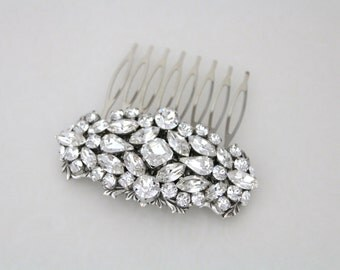 Bridal hair comb, Crystal hair comb, Swarovski hair comb, Bridal hair piece, Rhinestone hair comb, Wedding headpiece, Wedding hair accessory