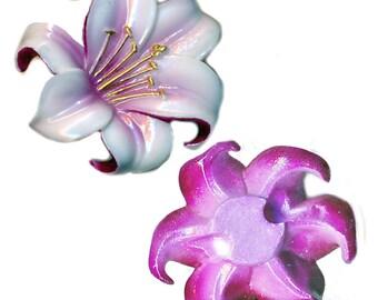 Button--Vintage Kutani Porcelain Figural Realistic Orchid