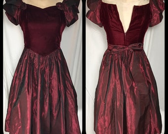 1980s Gunne Sax by Jessica McClintock Burgundy Prom Dress - Size Youth 14