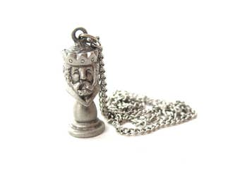 Vintage Unmarked Silver Tone Pewter Metal Playing Chess / Chess King Figure Pendant Necklace