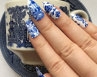 Blue Willow Nails | China Pattern Nails | Blue and White Pottery Press On Nails | Asian Chinoiserie | Stiletto Blue and White Fake Nails