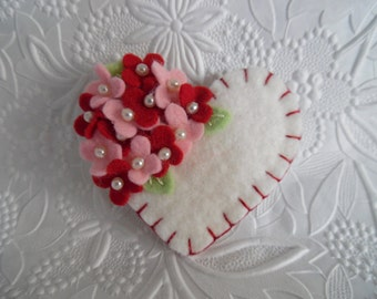 Felt Flower Brooch Red Valentines Day Heart Wool Beaded Pink