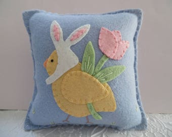 Pillow Felt Easter Chick Bunny Ears Applique Penny Rug Primitive Felted Wool