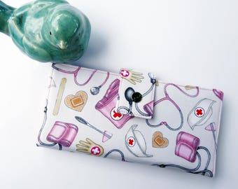 Cute Women's wallet, nurse gift, gift for nurse, nursing gift ideas, women wallet, cute wallet, fun wallet, credit card wallet