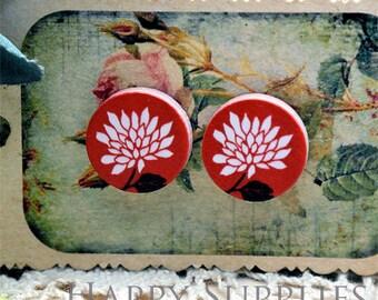 Buy 1 Get 1 Free - 20pcs 15mm (WC130) Round Handmade Photo Wood Cut Cabochon (Back White)