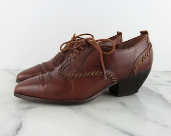 Vintage Western Booties Heeled Cognac Lace Up Oxfords Point Toe Dolcis Brazil 6.5