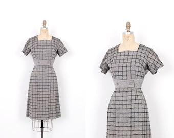 Vintage 1950s Dress / 50s Windowpane Plaid Cotton Dress / Grey and Black ( small S )