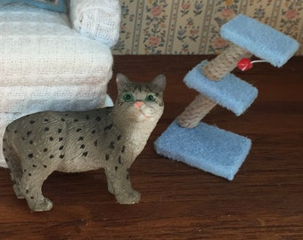 Miniature Cat Toy, Scratching Post Stand, Dollhouse Miniature, 1:12 Scale Miniature, Dollhouse Cat Toy Post, Miniature Dollhouse Accessory