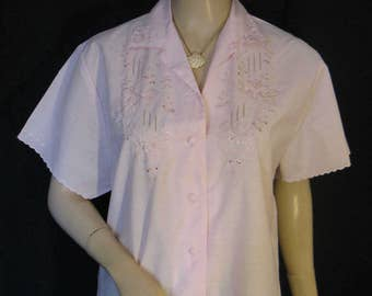 Vintage 1950s 60s Pale Pink Floral Embroidered Blouse by Daffodil, Medium - Large, NOS
