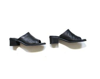 Vintage Leather Mules 8 / Black Leather Mules / Peep Toe Mules