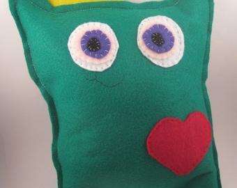 Stuffed king cat toy sewn felt monster doll animal plush