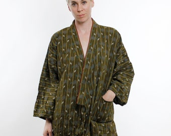 Vintage 80's olive green cotton Kimono jacket, lightweight, striped / ikat pattern - Medium / Large