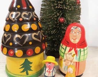 Vintage Nesting Christmas Tree Set of 4, Matryoshka, Holiday, Wooden, Handpainted, Christmas Decor