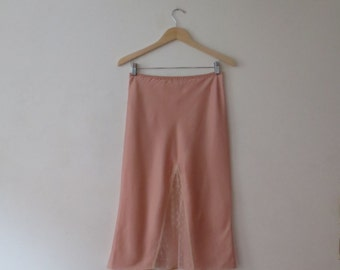 Vintage '60s/'70s Liquid Glossy Salmon Pink Lily of France Half Slip w/ Lace Slit Detail, Small